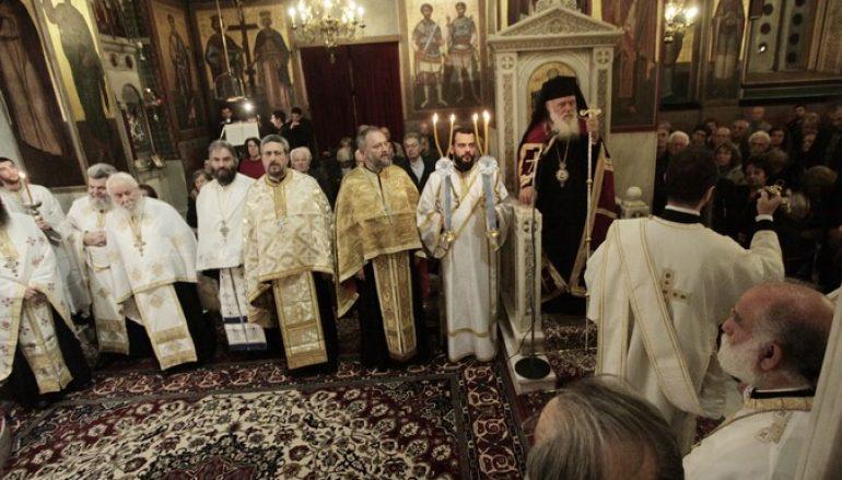 """Αρχιεπίσκοπος: """"Χριστούγεννα χωρίς Χριστό στην ψυχή μας είναι φτώχεια"""""""
