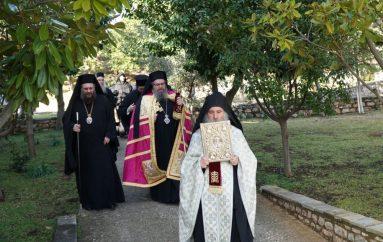 Ο Μητροπολίτης Λαρίσης Ιερώνυμος στην Ι. Μονή Κορμπόβου