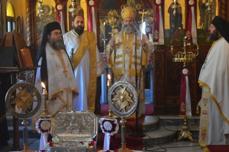 Αρχιερατική Θ. Λειτουργία ενώπιον του Λειψάνου του Αγ. Λουκά του Ιατρού στο Γύθειο