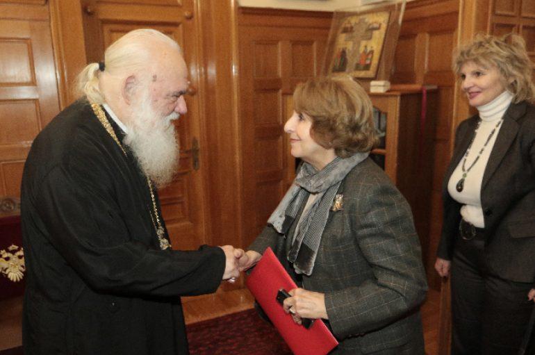 Στον Αρχιεπίσκοπο η επικεφαλής του Δικτύου Ισότητας Φύλων του ΚΙΝ.ΑΛ.