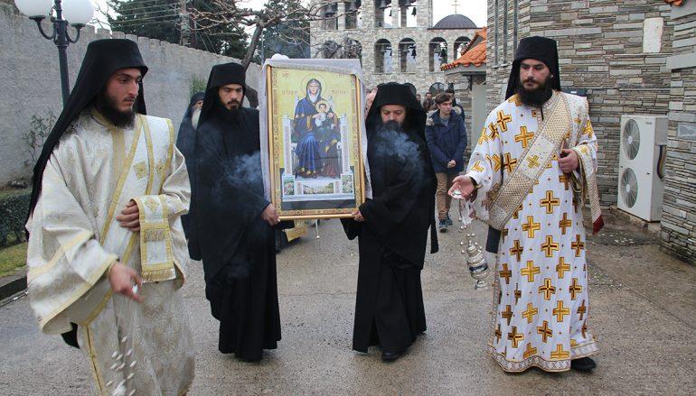 Ανάμνηση θαύματος της Παναγίας Τρικορφιώτισσας στην Ι. Μονή Τρικόρφου