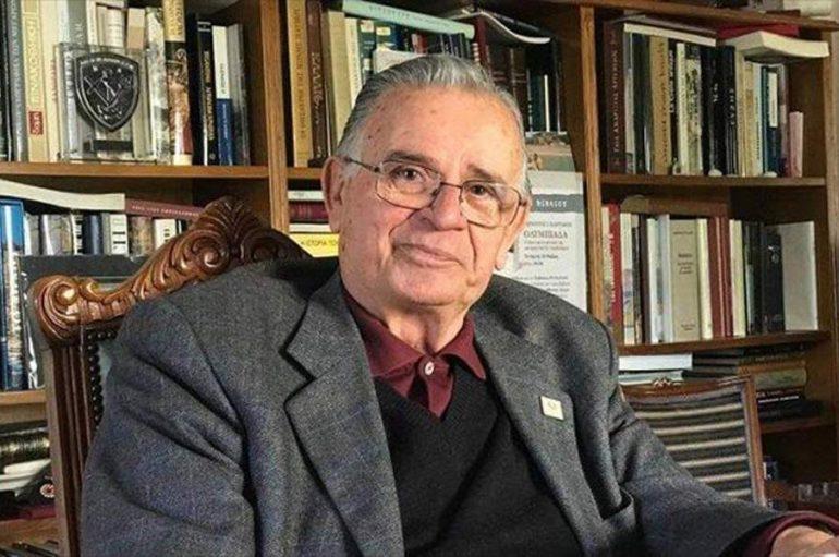 Εκοιμήθη ο Ιστορικός και Φιλόλογος Σαράντος Καργάκος