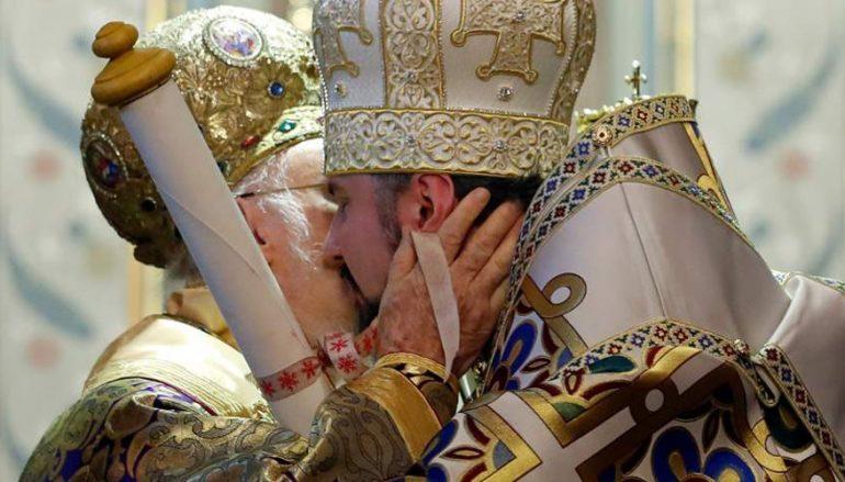 Η Ιεραρχία της Ελλαδικής Εκκλησίας αποφασίζει Φανάρι ή Μόσχα