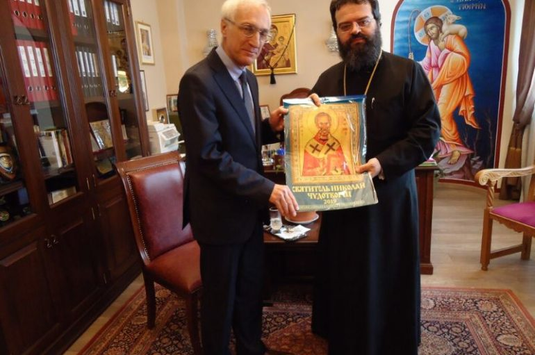 Επίσκεψη Πρόξενου της Ρωσίας στον Μητροπολίτη Μαρωνείας