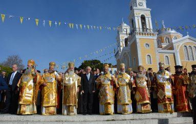 Χιλιάδες πιστών στην Καλαμάτα για την Πολιούχο Παναγία Υπαπαντή