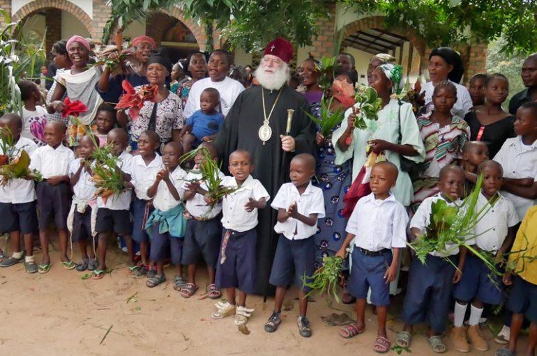 Πατριάρχης Θεόδωρος: «Ἐγενόμην ἐν Ἀφρικῆ…». «Ὁ γάρ λαός Σου καί ἡ ἐκκλησία Σου ἰκετεύουσί Σε»