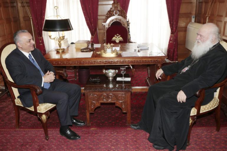 Επίσκεψη του Μανώλη Κεφαλογιάννη στον Αρχιεπίσκοπο