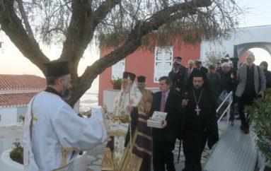 Η Σύρος υποδέχθηκε την Τιμία Κάρρα του Αγίου Μηνά
