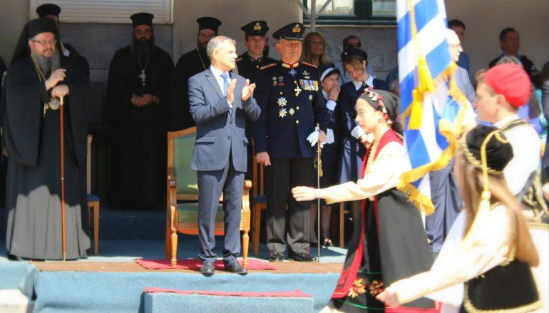 Λαμπρά εορτάσθηκε η Εθνική Επέτειος στη Λάρισα