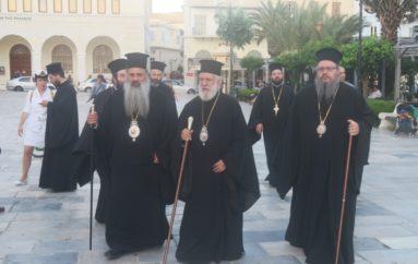 Ξεκίνησε η Ναυτική Εβδομάδα στο νησί της Σύρου