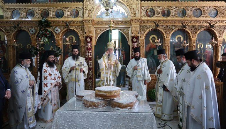"""Φθιώτιδος: «Να ζητούμε από τον Θεό να μας στέλνει το Άγιο Πνεύμα"""""""