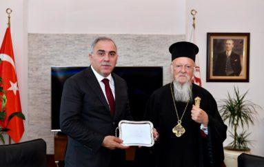 Επίσκεψη του Οικ. Πατριάρχη στο Δήμαρχο του Φατίχ