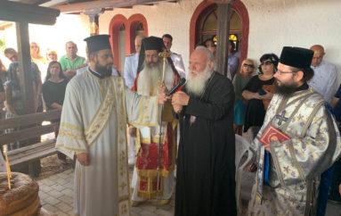 Το προσκύνημα του Αρχιεπισκόπου Ιερωνύμου στην νήσο Άμπελο