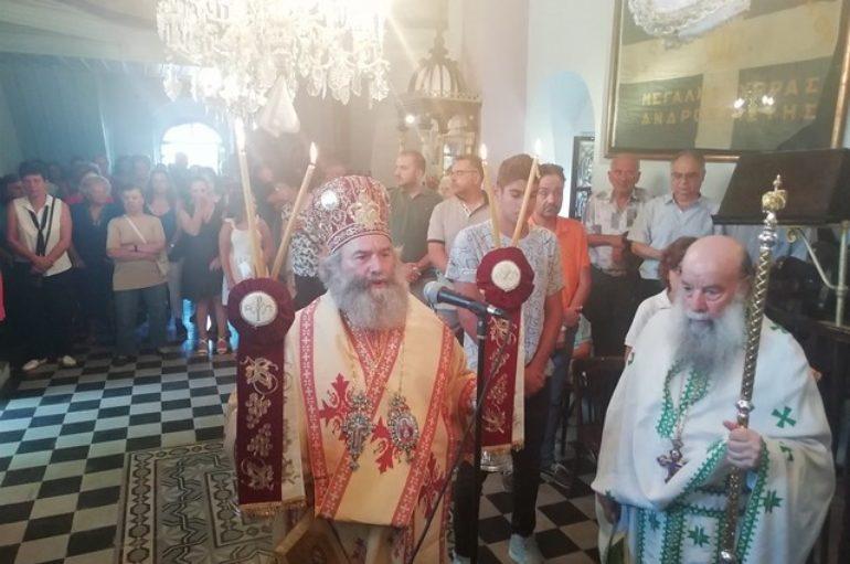 Μάνης Χρυσόστομος: «Η Παναγία δεν μας εγκαταλείπει»