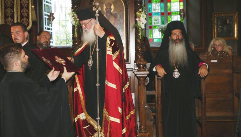 """Αρχιεπίσκοπος: """"Η Ελλάδα ανήκει σε όλους και δεν μοιράζεται"""""""