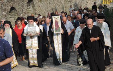 Λείψανο της Αγ. Αικατερίνης υποδέχθηκε η ομώνυμη Ι. Μονή Καταρράκτου Άρτης