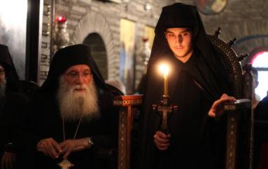 Νέος Μοναχός στο Τρίκορφο Φωκίδος