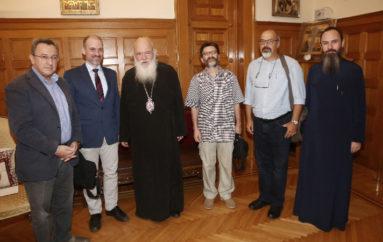 """Μέλη του Συνδέσμου """"ΚΑΙΡΟΣ"""" στον Αρχιεπίσκοπο"""