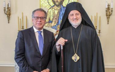 Στον Αρχιεπίσκοπο Αμερικής ο Αναπληρωτής Υπουργός Προστασίας του Πολίτη