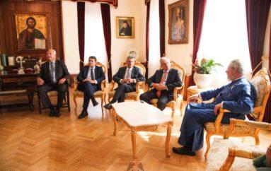 Ο Πρόεδρος της Βουλής των Ελλήνων στον Αρχιεπίσκοπο Κύπρου