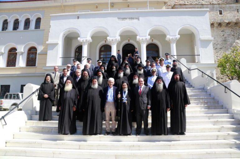 Η Ι. Κοινότητα αναγνωρίζει την προσφορά Δήμτσα στη διοίκηση του Αγίου Όρους