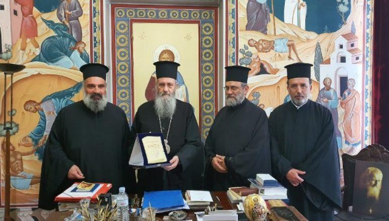 Ο ΙΣΚΕ ανακήρυξε τον Μητροπολίτη Ναυπάκτου σε επίτιμο μέλος του