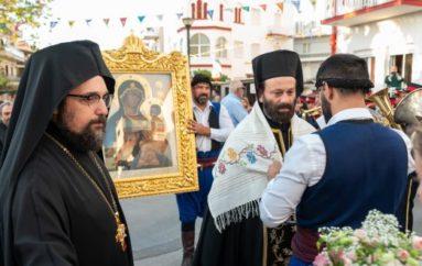Τα Χανιά υποδέχτηκαν την Εικόνα της Παναγίας του Τιχβίν