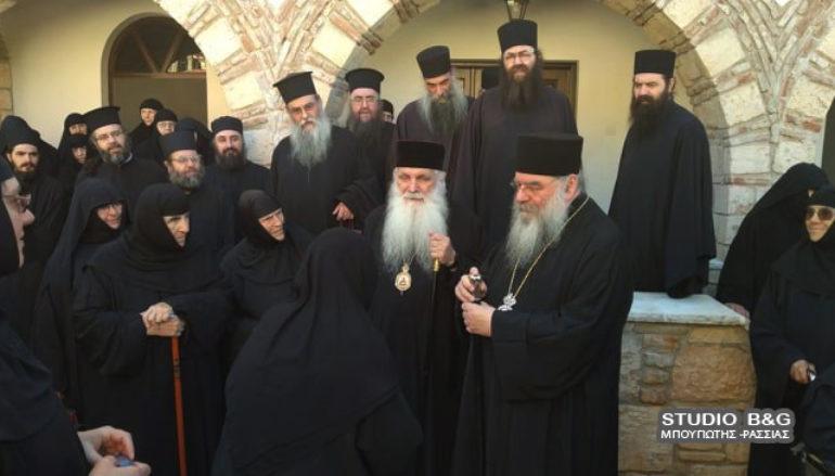 Σύναξη Μοναχών και Μοναζουσώνστην στην Ι. Μητρόπολη Αργολίδος