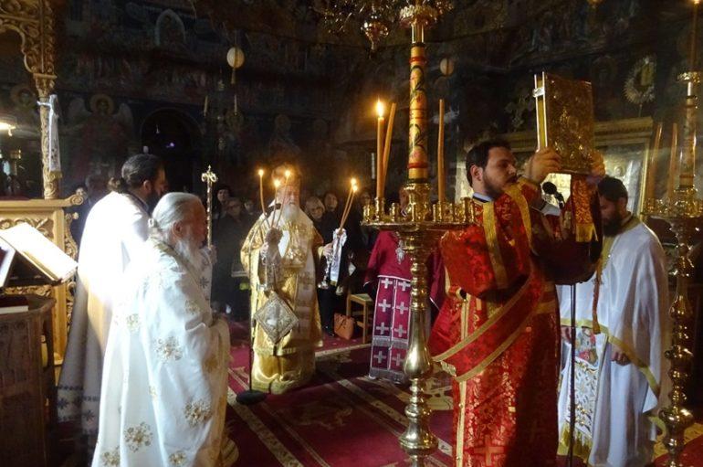Με λαμπρότητα πανηγύρισε η Ιερά Μονή Αγίου Γεωργίου Φενεού