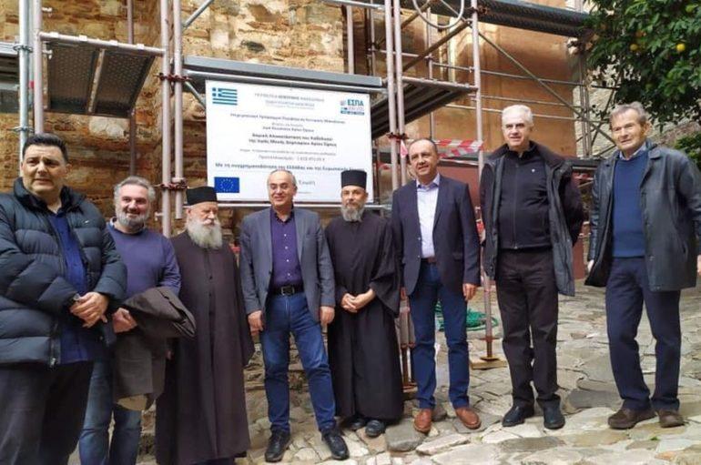 Ο Θ. Καράογλου επιθεώρησε εργασίες αναστήλωσης και συντήρησης στο Άγιον Όρος