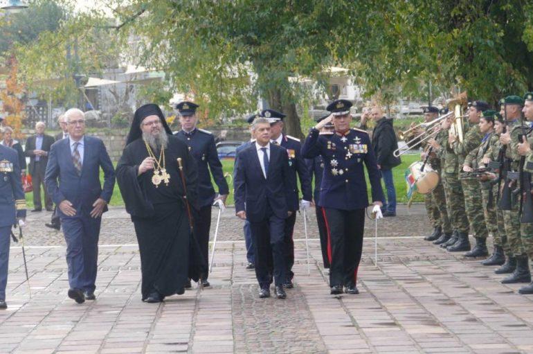 Η εορτή των Ενόπλων Δυνάμεων στη Λάρισα