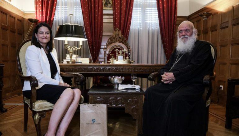 """Κεραμέως: """"Έρχονται νέες ρυθμίσεις για τα Θρησκευτικά"""""""