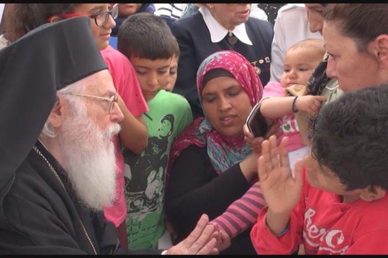 Η συνάντηση της μικρής Ρουσίν με τον Αρχιεπίσκοπο Αναστάσιο και πώς άλλαξε η ζωή της