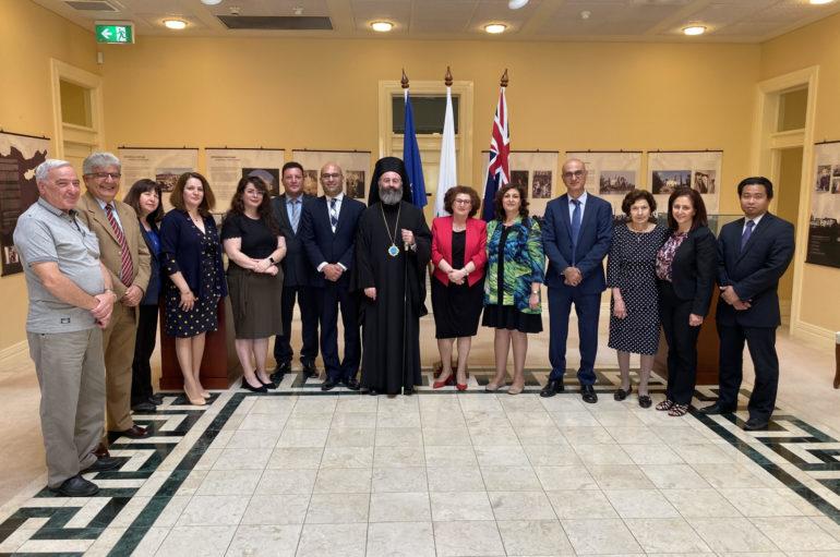 Εθιμοτυπική επίσκεψη του Αρχιεπισκόπου Μακαρίου στην Κυπριακή Πρεσβεία