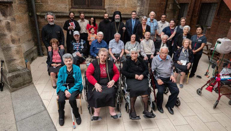 Οι ένοικοι της «Βασιλειάδας» έψαλαν κάλαντα στον Αρχιεπίσκοπο Αυστραλίας