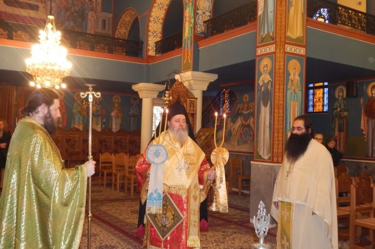 Ο Επίσκοπος Κερνίτσης στον Ι. Ναό Αγ. Θεοδώρων Δεμενίκων Πατρών