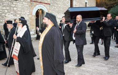 Η ταφή του μακαριστού Μητροπολίτη Αχελώου Ευθυμίου στο Αγρίνιο