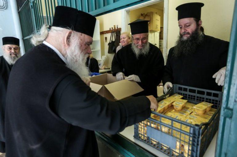 Επίσκεψη Αρχιεπισκόπου στο Κεντρικό Συσσίτιο της Αρχιεπισκοπής
