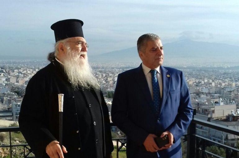 Συνάντηση του Μητροπολίτη Περιστερίου με τον Περιφερειάρχη Αττικής