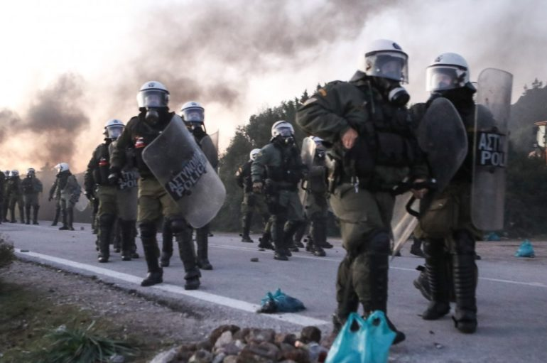 ΙΣΚΕ: Παρατηρούμε αποσβολωμένοι τα γεγονότα σε Λέσβο και Χίο