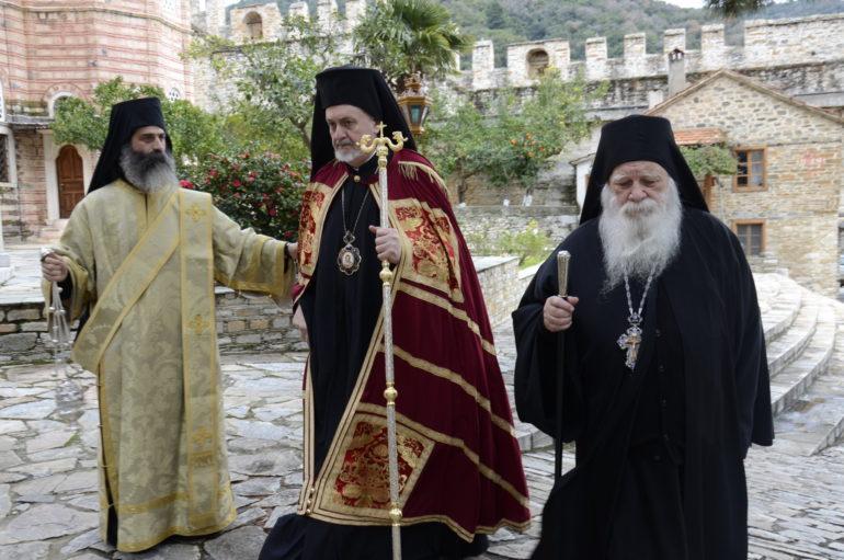 Ο Μητροπολίτης Γαλλίας στην Ιερά Μονή Ξενοφώντος