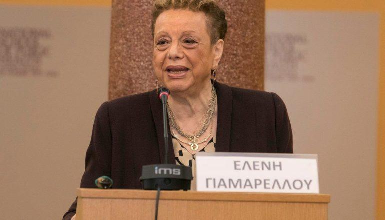 """Λοιμωξιολόγος Ελένη Γιαμαρέλλου: """"Η θεία κοινωνία δεν μεταδίδει ασθένεια"""""""
