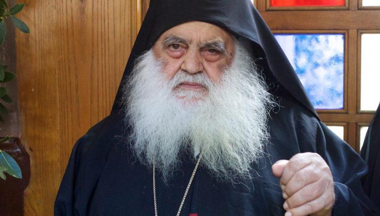 """Ηγούμενος Αγίου Παύλου: """"Να παρακαλέσουμε τον Θεό να άρει τον πειρασμό της πανδημίας"""""""