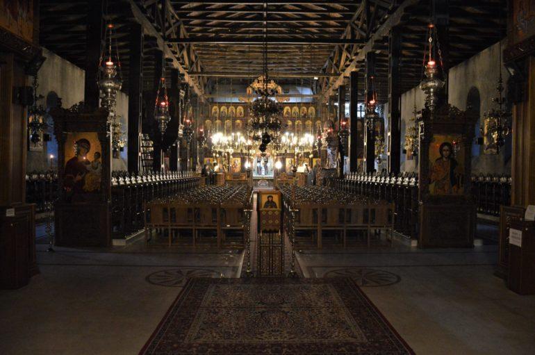 Νέα ΚΥΑ: Κλειστοί οι χώροι λατρείας μέχρι τις 28 Απριλίου
