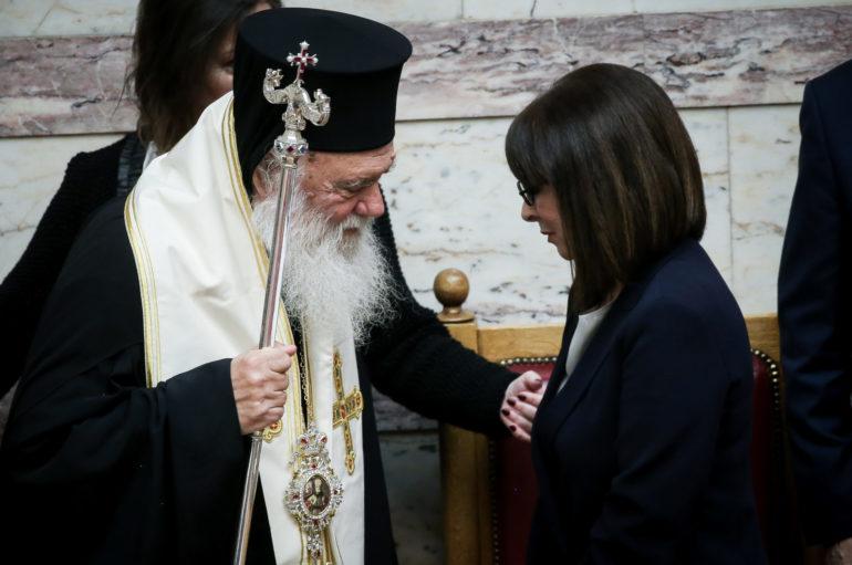 Επικοινωνία της ΠτΔ με τους Αρχιεπισκόπους Αθηνών και Αλβανίας