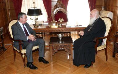 Στον Αρχιεπίσκοπο ο Υφυπουργός Ανάπτυξης Ιωάννης Τσακίρης