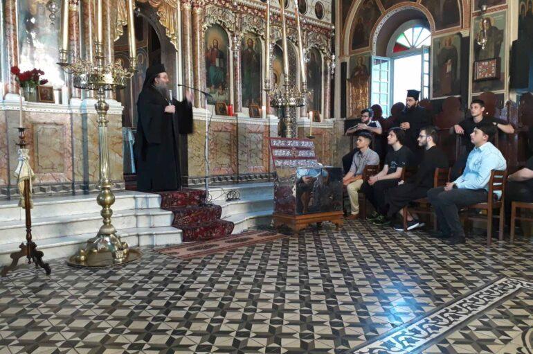 Ιερά Παράκληση για τους μαθητές στην Ι. Μητρόπολη Χίου