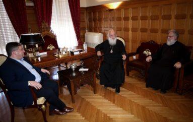 Ο Δήμαρχος Αχαρνών και ο Αντιπεριφερειάρχης Δυτ. Ελλάδος στον Αρχιεπίσκοπο