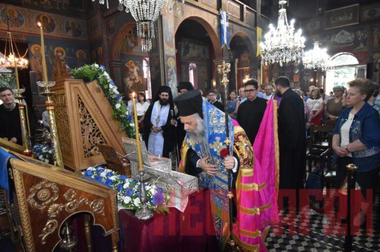 Η Καρδίτσα υποδέχθηκε την Παναγία Δεμερλιώτισσα