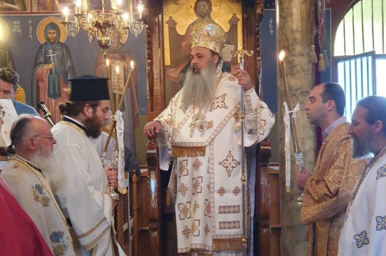 Ο Μητροπολίτης Σταγών στον Ι. Ναό Αγία Τριάδος Ασπροκκλησίας